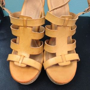 NWOT Tan cork Sandal Wedges Size  7